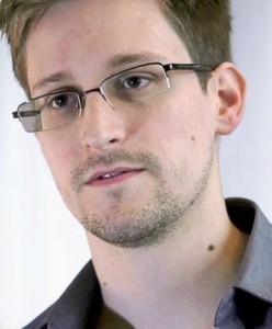 Edward_Snowden-2_m
